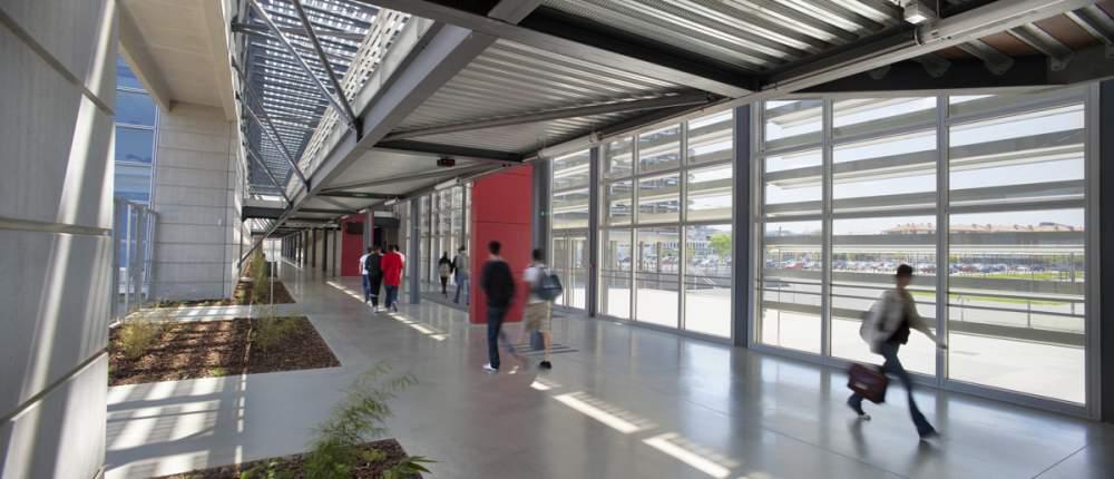 Lycée Gallieni à Toulouse pour Kawneer