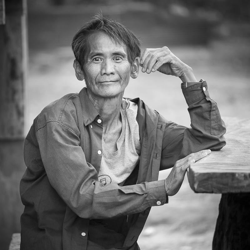Dans un village Hmong, à la frontière Thaïlandaise, du côté de Huay Xaï