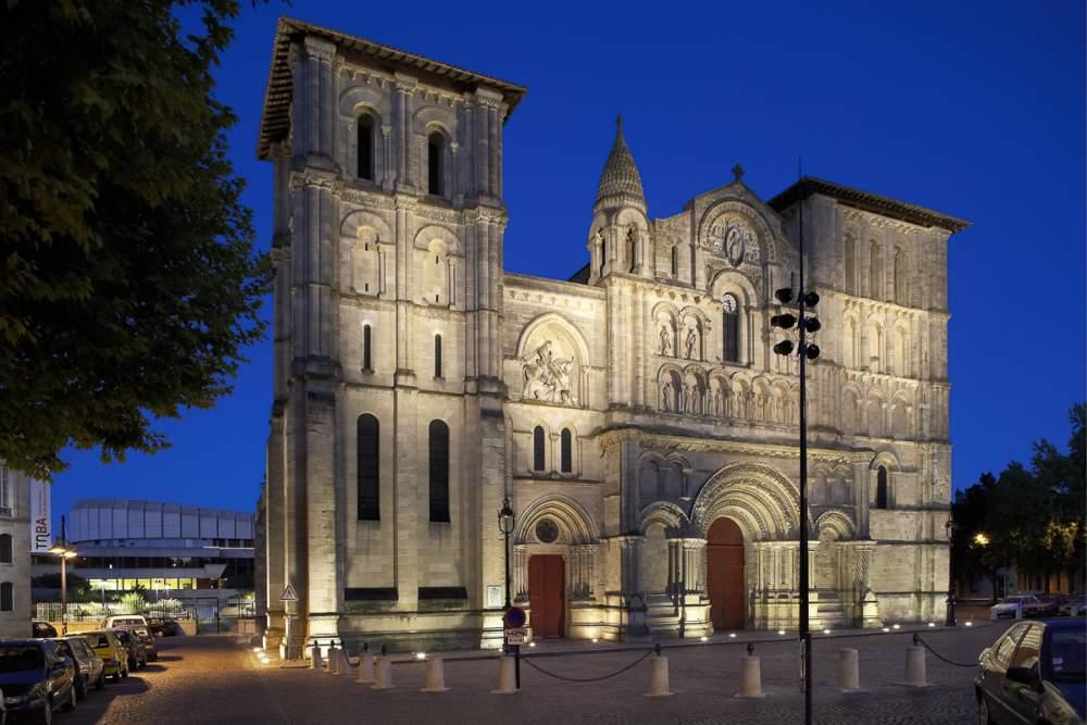 Eclairage église Sainte Croix + square, ville de Bordeaux