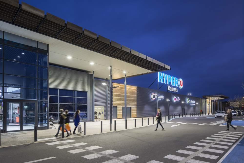 Reportage Hyper U de nuit à Romans sur Isères pour Philips Lighting